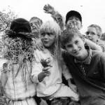 barn och fågelskrämma